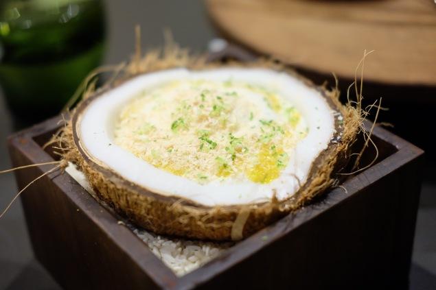 Coconut rice pudding, coconut ice-cream mango